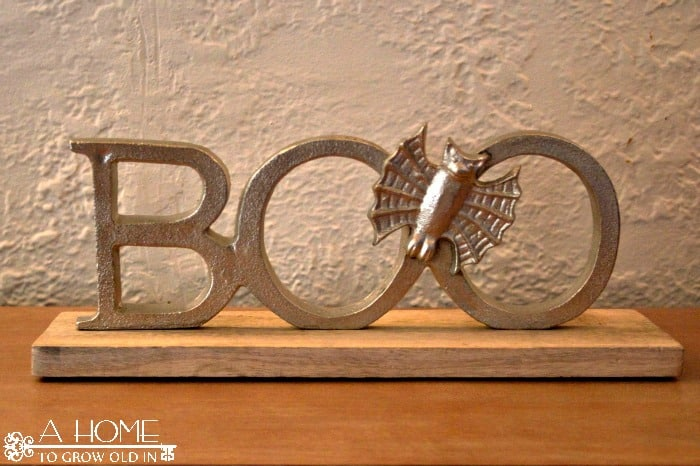 """Boo"" Sign"