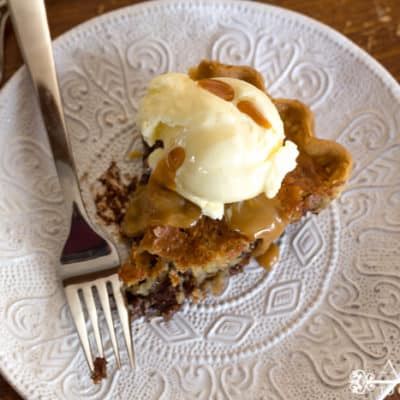 Salted Chocolate Chip Cookie Pie