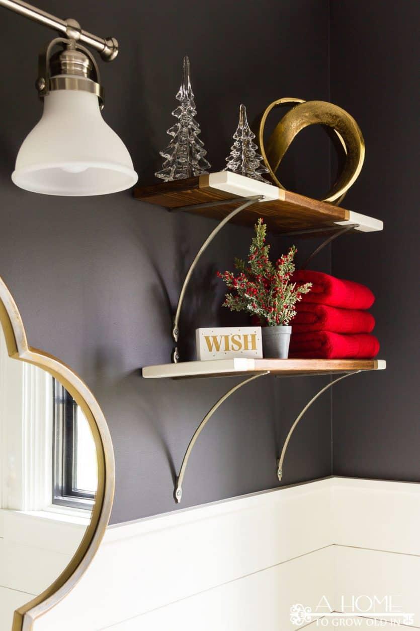christmas-bathroom-shelves-decorations13