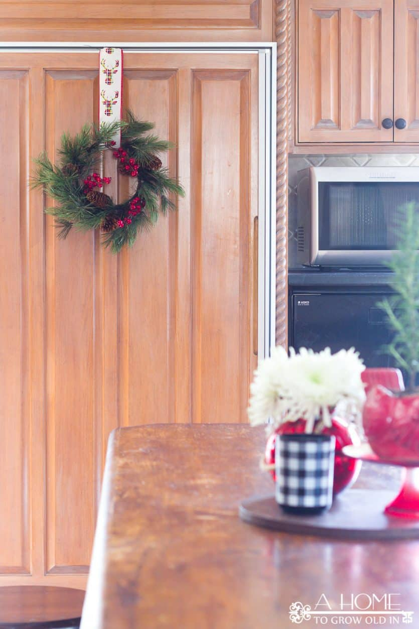 kitchen-wreath-decorations
