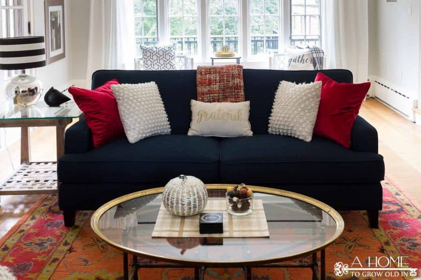 Looking for fall home decor ideas? This home tour has lots of cozy inspiration to warm you up!