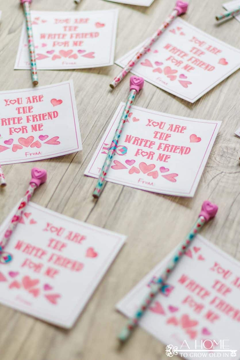 These adorable free printable heart Valentine cards are the perfect non-candy alternative! Pair the cards with some cute pencils, and you have an awesome Valentine card for your kids to give out at school!