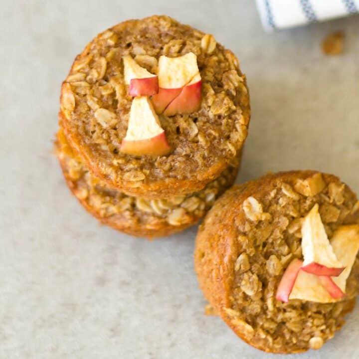 Healthy Cinnamon Apple Oatmeal Muffins