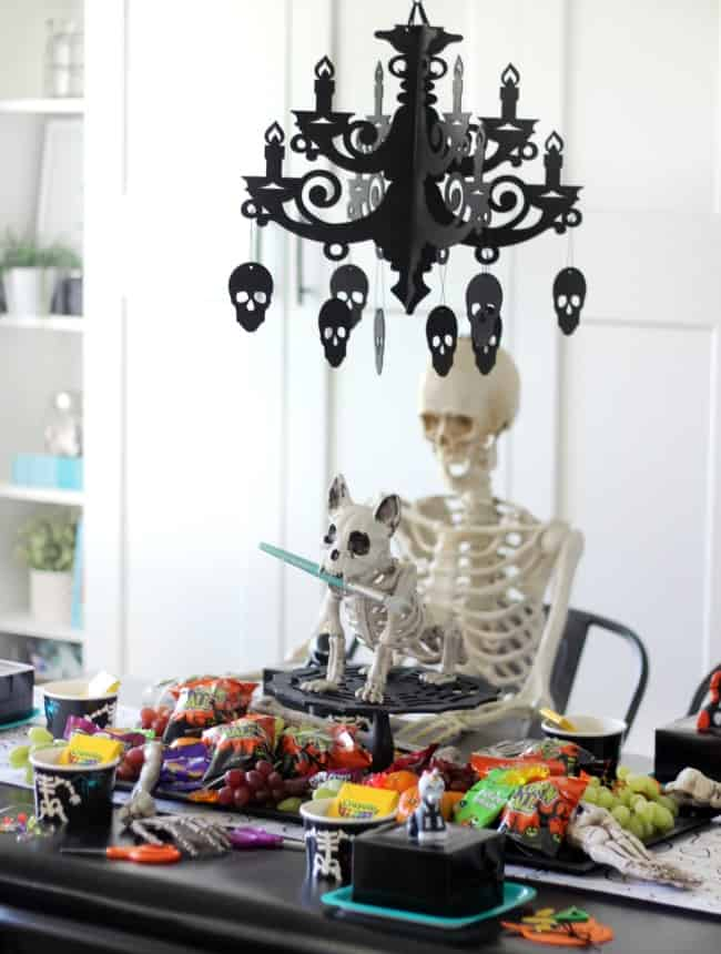 creepy skeleton party for kids