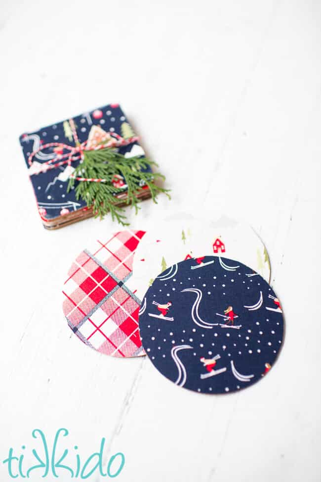 easy DIY no-sew Christmas project