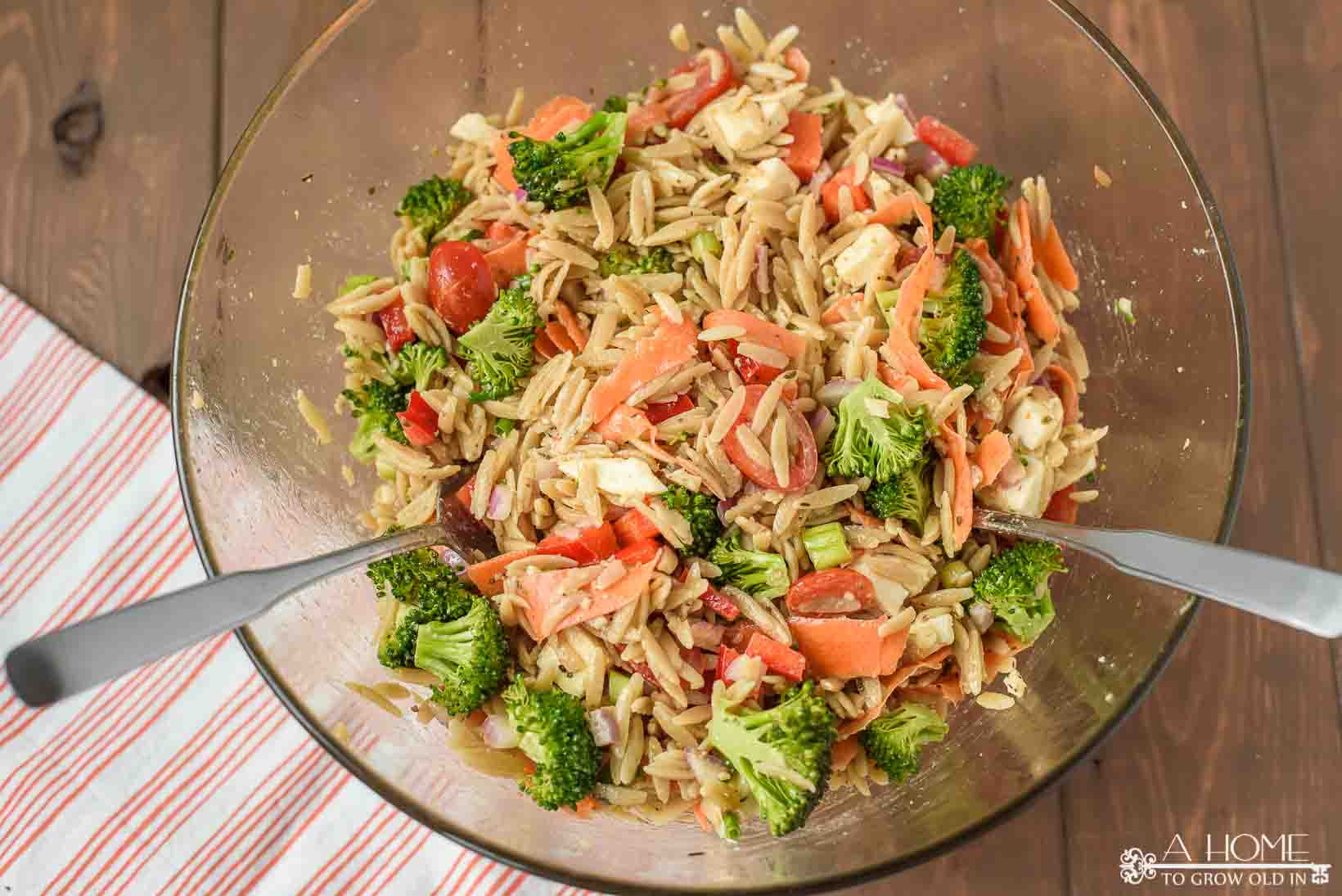delicious pasta salad side dish for backyard BBQ